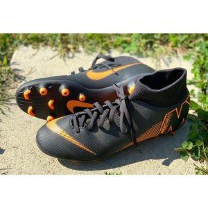 Nike Mercurial soccer cleats Women's Size 7.5